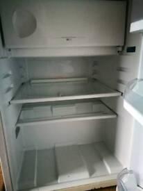 Undercounter Hotpoint fridge