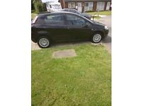 Fiat punto £1700 no offers 1st come 1st served