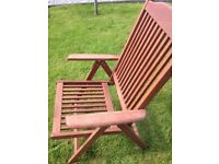 ***SINGLE RECLINING WOODEN PATIO CHAIR***REDUCED***