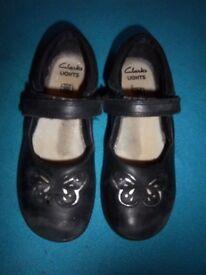Girls Clarks Black School Shoes 11.5F IP1