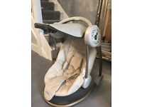 Mumas and papas swing chair - Excellent condition
