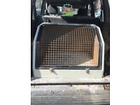 Dog travel box for car