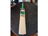 MB MALIK Zulfi Cricket Bat 5 Grains 42 mm Edge 2.9 Pounds Weight MONSTOR