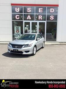 Honda Accord Sedan LX 2014 Bas millage bien equipé