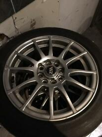 For sale muilty fit alloys (4stud)