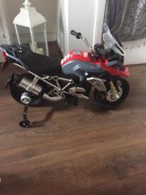 Boys BMW electric bike