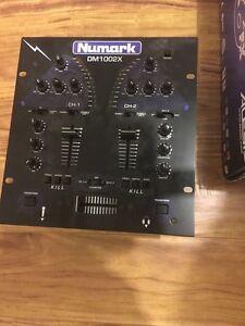 NUMARK DM 1002X