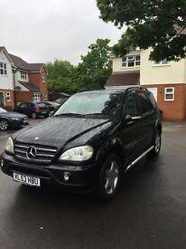 Mercedes ML in black