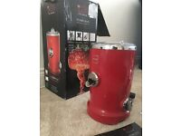 Novis Vita Juicer - Excellent Condition (used twice) - With all accessories