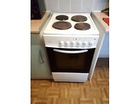 £30.00 ono. I am moving on Saturday 19/11/2016. I don't need a cooker at my address.