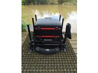 Daiwa seat box with daiwa pole roost & small side tray