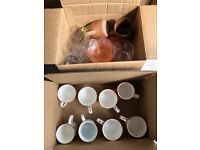 BOX OF CUPS AND GLASSES