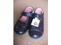 (New) Start-rite Super Soft Bow Navy Blue Leather Shoe size 8.5H