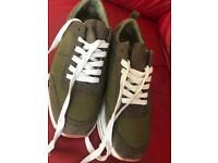 Zara platforms big feet EU42 lightweight lace up army green flatforms sneakers fits UK8/9