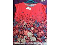 Brand new with tags women's summer top by Oasis size M
