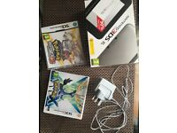 Nintendo 3DS XL Excellent Condition Silver and Black