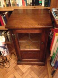 £60 Ono Vintage glass faced solid oak media cabinet