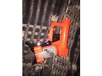 Nerf pistol duo