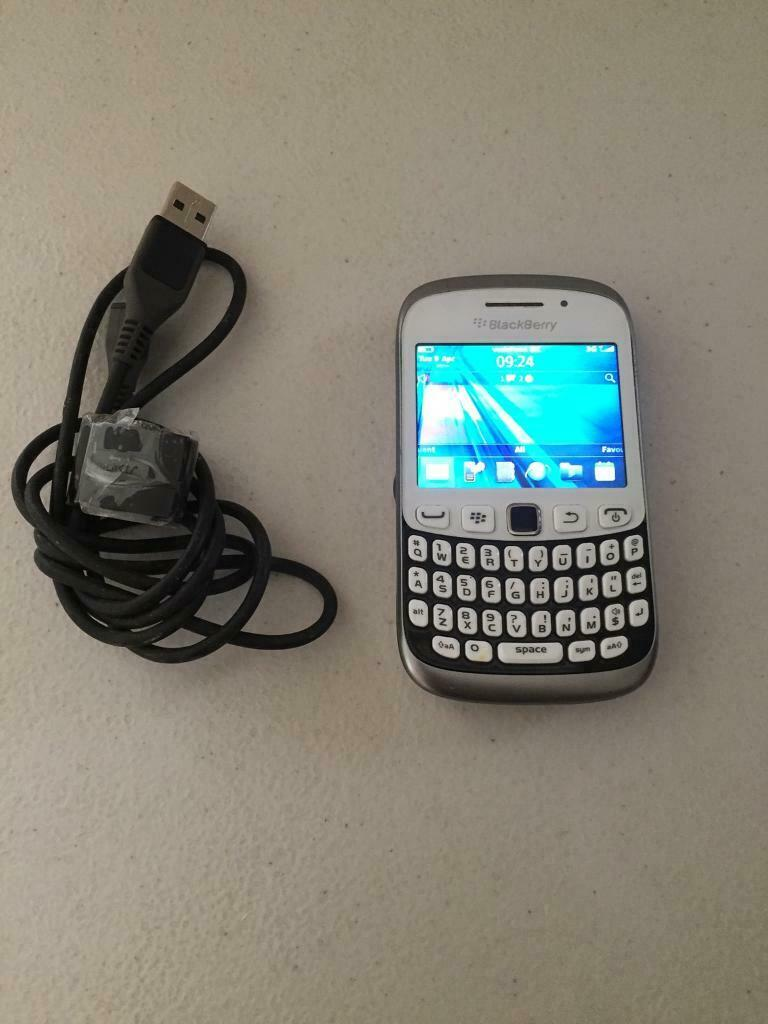 Blackberry Curve Slim 9320 White Unlocked | in Alwoodley, West Yorkshire |  Gumtree