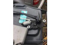 Vw caddy rear wiper motor and blade