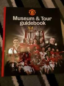 Man Utd Museum and Tour Guidebook
