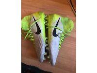 Nike Magista Obra Size 8 UK