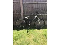 GIANT MTX250, 18 SPEED MOUNTAIN BIKE, FRONT SUSPENSION,l