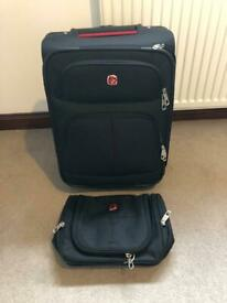 WENGER cabin size suitcase and Toiletry Bag