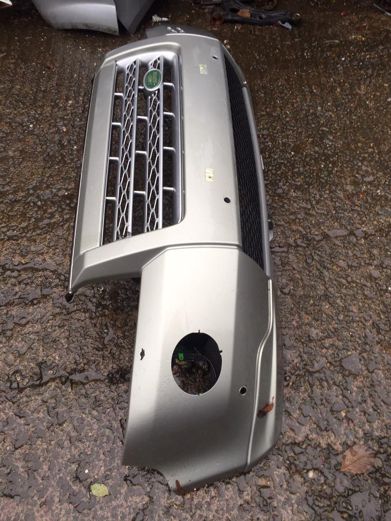 Land Rover Freelander genuine front bumper can post