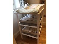 White changing table (Verbaudet) - in great condition