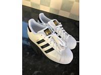Adidas originals superstar trainer in white