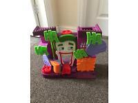 Imaginext Jokers fun house (batman)