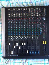 Soundcraft M8 mixer