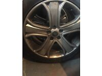 20inch Range Rover Sport wheels with tyres.