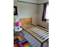 Solid oak 3ft single bed