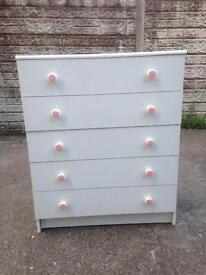 Used condition Chester drawer 5 drawer chest only £25 good bargain price