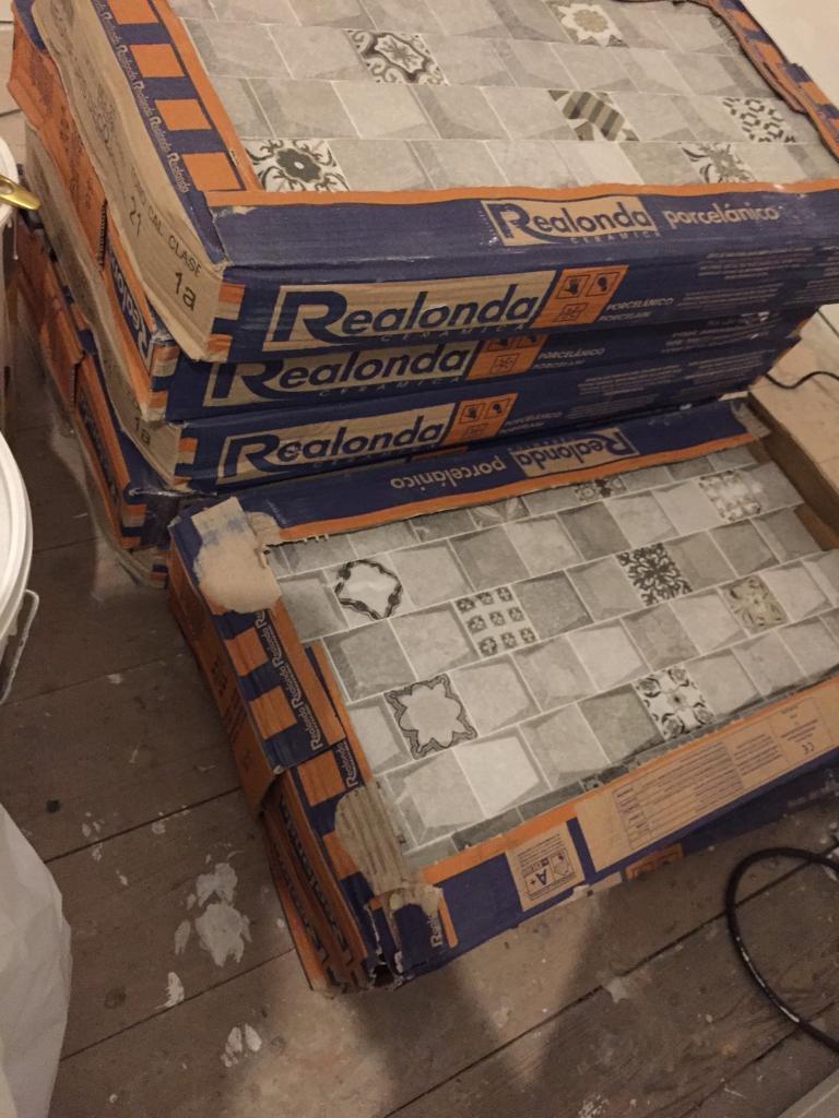 3D interlocking tiles