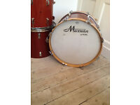 Vintage, immaculate Maxwin (Pearl) 6 piece Drumkit