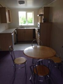 **Available Now** 2 bed apartment WV1 2JR