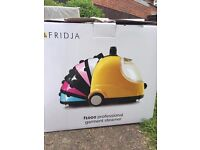 FRIDJA CLOTHES STEAMER USED ONCE RRP £100