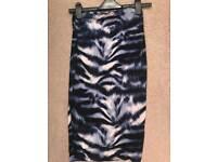 Lipsy size 8 skirt