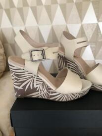 Clark's Orleans Jazz Wedge sandals