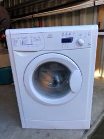 Indesit washing machine, great condition. 1200 spin, WIXE127