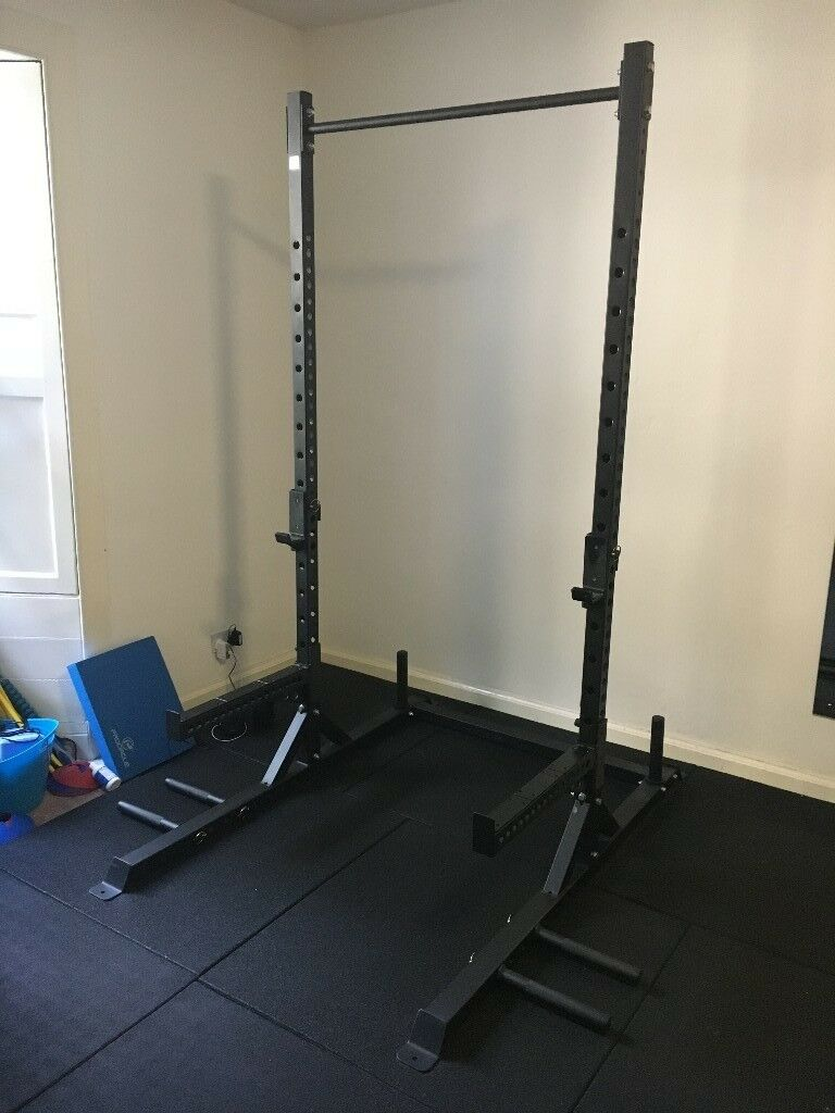 Squat rack with pull up bar for garage gym in edinburgh city centre