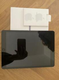 iPad 7th gen (WiFi & 4G space grey) 32gb CAN POST!!!!