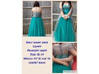 Amazing hunter green prom dress size 12-14-16 corset back worn once perfect condition