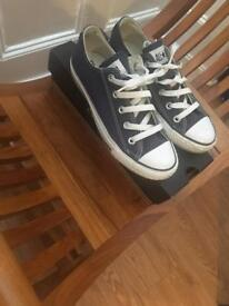 Navy converse size 4