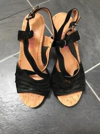 Ladies shoes - Jones - size 3