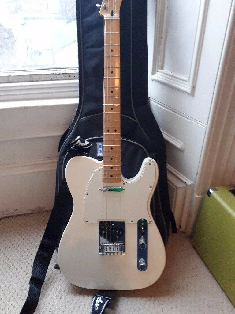 Fender Telecaster - Excellent condition played less than 100 times