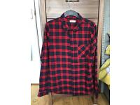 Men's checked shirt large